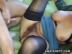 Elder amateur mature wife sucks and fucks