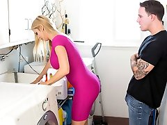 Alexis Fawx in No Time For Fuckery - FamilyStrokes