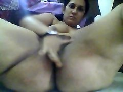 Floppy udders indian woman milks