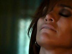 Jennifer Lopez, Lexi Atkins - The Boy Next Door (HD)