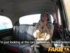 FakeTaxi סקס מטורף צ ' כית, הגברת רוצה זין