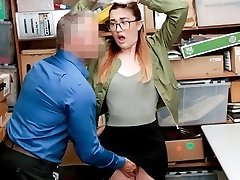 Shoplyfter - Teenie Gets Explored For Stealing