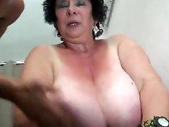 צרפתי BBW 65YO סבתא אולגה זיין על ידי 2 אנשים - DP