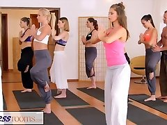 FitnessRooms Palestra coppia non può resistere sesso in palestra
