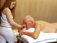 Oldman fucks young massagist cums in her jaws