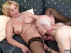 Oma und Opa ficken das erste mal im Porno für die Rente