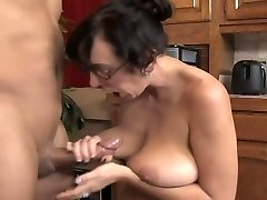 DangerCore Alia Janine Huge-titted Blowage
