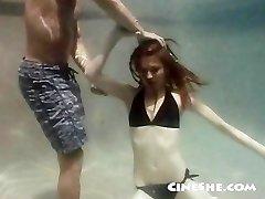 סקס מתחת למים - אן קל - לשתף את הכישרון שלך