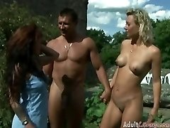 Outdoor Swinger Peeing