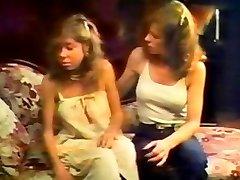 Retro Blonde Babe Tawny Clit