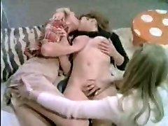 teenager lesbians