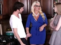 Vintage mom milf and handjob first-ever time My mate's step daught