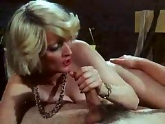 Great Vintage Scene incl Gorgeous Blond Mommy I'd Like To Fuck