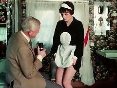 Grandad wanks over the maid befire she gargles him dry