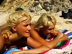 Exotic superstars Dawn Burning and Stacy Valentine in incredible cunnilingus, blonde porn video