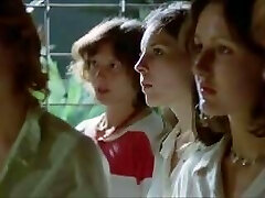 THE WOMAN PRISON CAMP 1980 Marionette WIFES Mummies