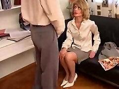 Mother Wants To Watch Guy Masterbate german ggg spritzen goo girls