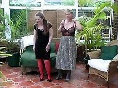 विंटेज गांव देवियों गर्मियों अलग करना मजेदार
