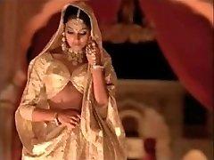 indijska igralka bipasha basu, ki prikazuje tit: