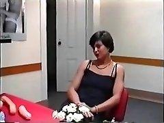 Intervējot mājsaimniece