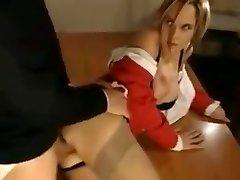 kratek looped posnetek učitelj ob analni od študenta