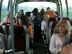 Schulmadchen रिपोर्ट 8 (1974)