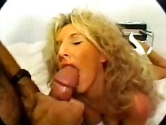 Classic Platinum-blonde Busty Cougar Banging in High High-heeled Slippers