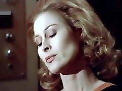l'occhio dietro la parete (1977)