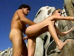 Eksoottinen pornotähti Crystal Wilder kuumin isot tissit, pienet tissit sukupuoli kohtaus