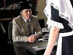 STP1 Sexy Teenager Maid wurde zum Ficken gemacht!
