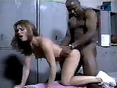 Black stud pummels cheerleader