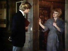 सबिहा की चूत में डालना - 1981