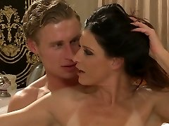 Splendid mummy with natural body India Summer gets all holes banged