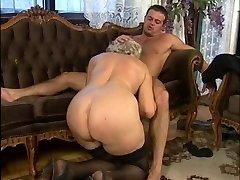 Granny Bang-out