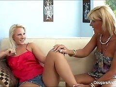 Hot Cougar slurps her blonde stepdaughter's pussy