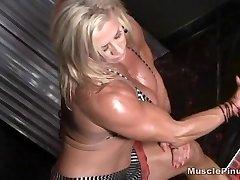 Wanda Moore 07 - Woman Bodybuilder