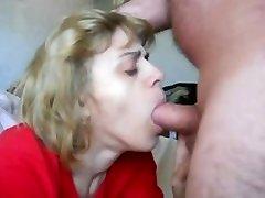 mom in mouth-fuck n cum gulp act