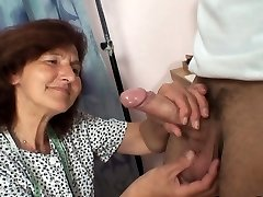 Sewing old femmes swallows customer's hard-on