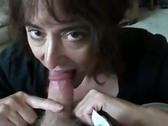 mature wife sucking puny cock and swallows
