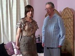 Mom smacks Daughter and Father