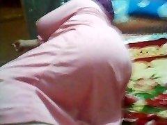 Arab Ass Voyeur - Big Bouncy Butt - Booty Candid