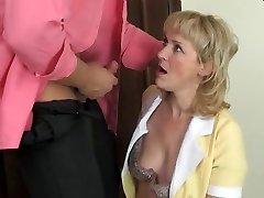 Hot mommy-slut & muscled guy