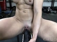Beefy Mature Claire Fucks Huge Fuck Stick In The Gym