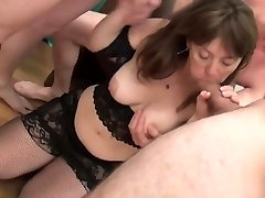Super-cute Mommy Gangbanged