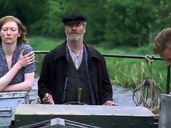 Young Adam (2003) - cuckold episodes