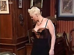 Mature Sonia Muere knuckle fuck