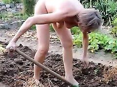 girl mature garden outdoor anal fisting fuck stick 21