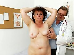 Fal old grandmother Marsa is investigated in medical office by perverted doctor