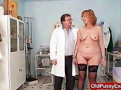 Redhead gran twat gaping at gyno clinic