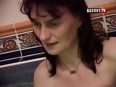Some ugly gals in this swinger's hook-up deepthroating and getting fucked
